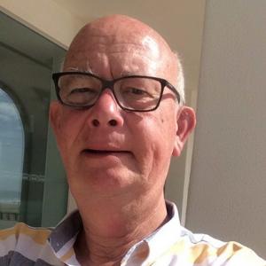 Emil van der Slik, penningmeester
